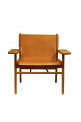 Cris loungestol - olieret eg og ægte brunt læder, m. armlæn