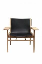 Cris loungestol - olieret eg og ægte sort læder, m. armlæn
