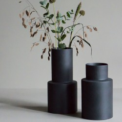dbkd Oblong Vase Small Iron