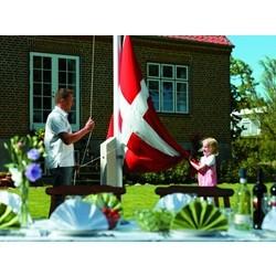 Flagstang 8 meter - Glasfiber med flag, vimpel, egesokkel og spændebeslag