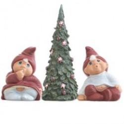 Klarborg nissefigurer med juletræ - Klarborgnisser - Nicolai & Maja