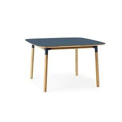 Normann Copenhagen - Form spisebord 120x120 cm - Blå