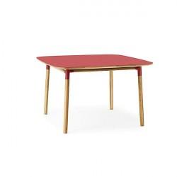 Normann Copenhagen - Form spisebord 120x120 cm - Rød