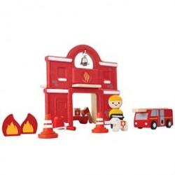 Plantoys brandstation - Inkl. brandmand, brandbil og tilbehør