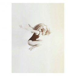 Walnut Street Ballerina on White Plakat