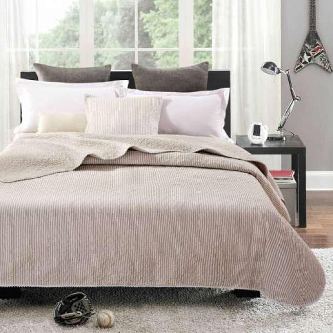 Priser på Simone quiltet sengetæppe - Beige